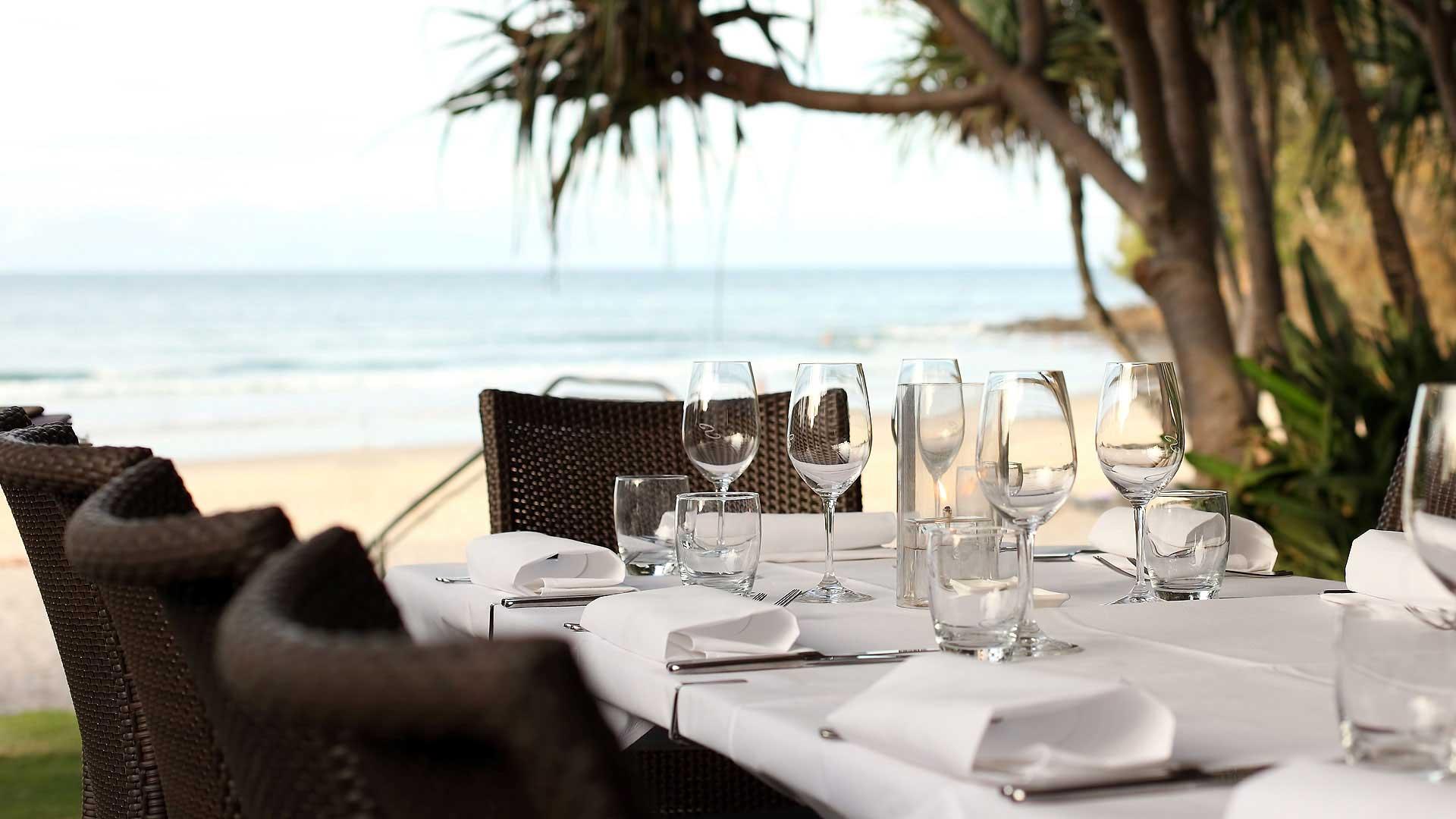 Noosa-Beachfront-Restaurant-Noosa-Beach-S031
